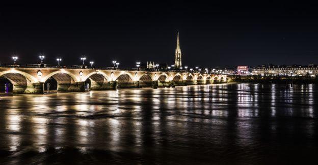 Bordeaux la nuit